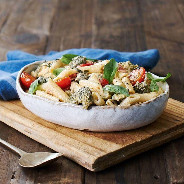 One Pot Creamy Vegetable & Pasta Recipe