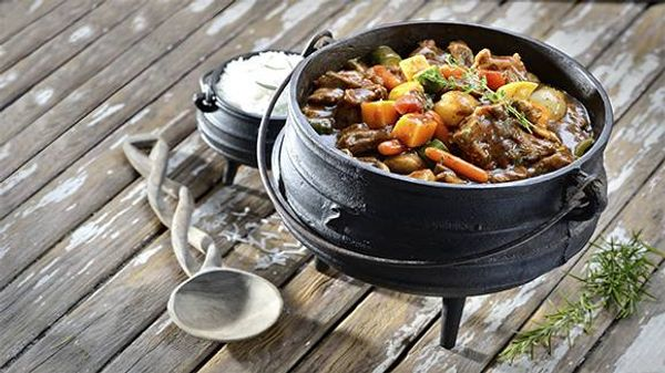 Rich Beef And Mushroom Potjie