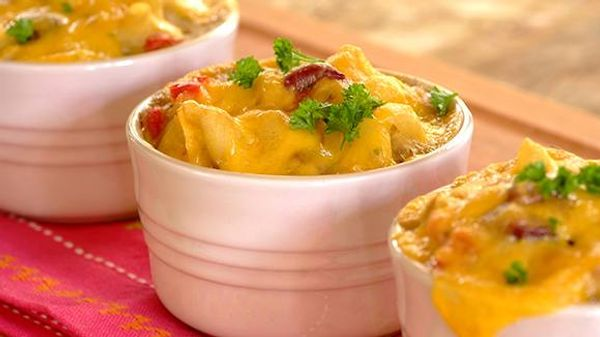 Individual Cheesy Tuna Pasta Bakes