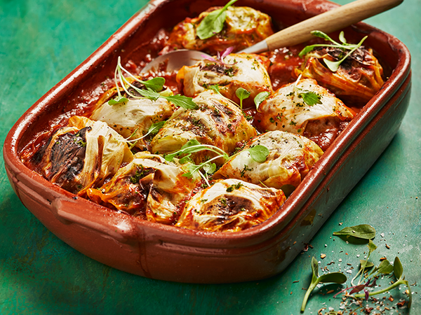 Mince-Stuffed Cabbage Rolls in Tomato Sauce