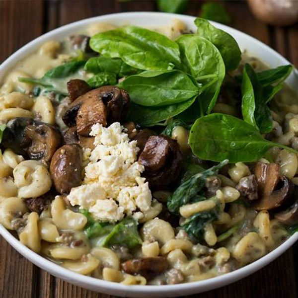 Easy Cheesy Pasta with Mince, Mushrooms and Spinach