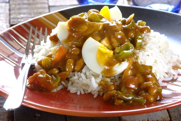 Egg and Baked Bean Curry