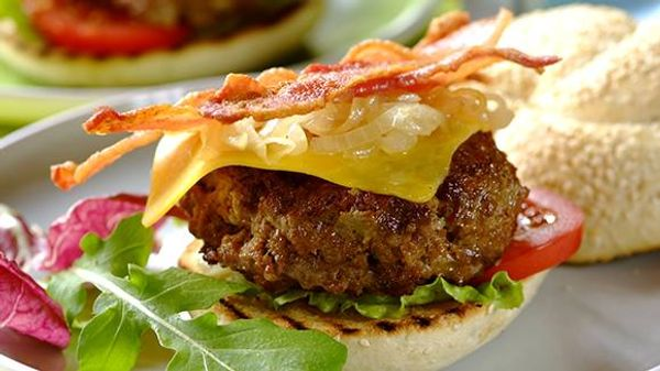 American Beef Burgers with Bacon and Cheddar