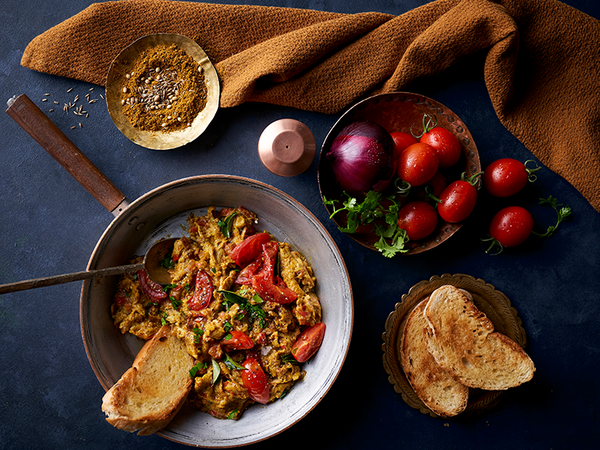 Curried Tomato Scrambled Eggs