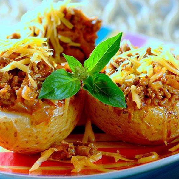 Cheesy Mince Baked Potatoes