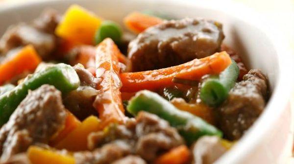 Cazuela de carne agridulce a la mostaza