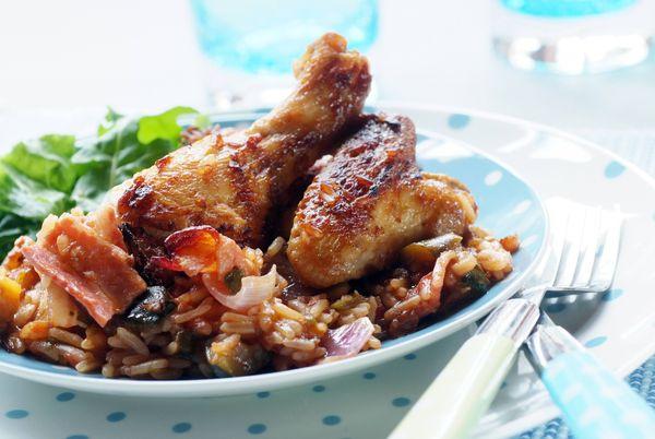 Patas de pollo a la mostaza con salsa de uvas
