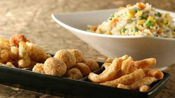 Pica-pica de pescado con arroz primavera