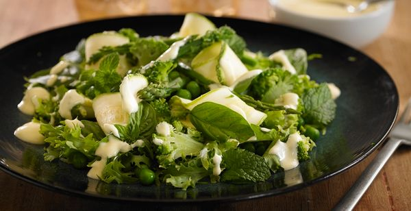 Ensalada de porotos, brócoli y verdes