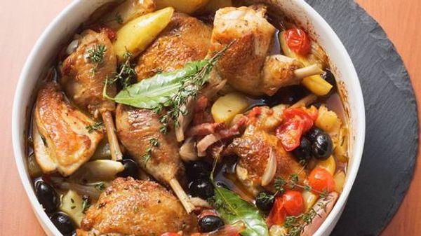 Cazuela portuguesa de pollo