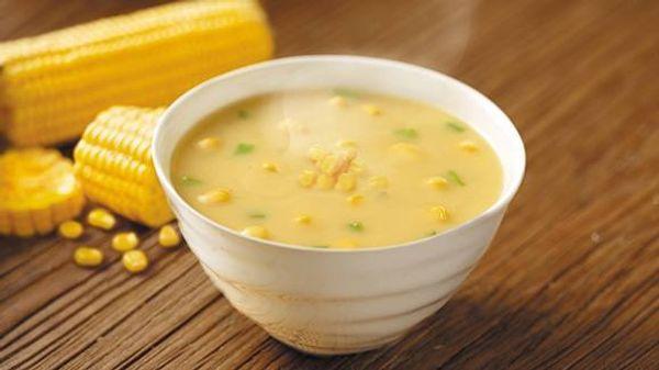 Sopa crema de choclo invernal