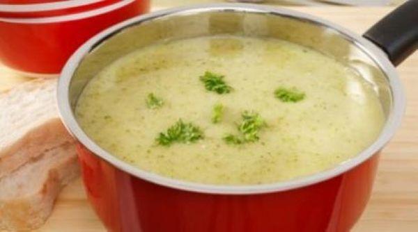 Sopa crema de berros y papas
