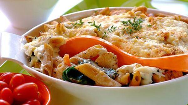 Fussile con salsa fileto y parmesano