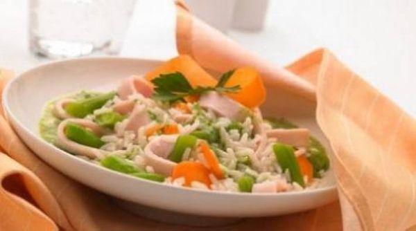 Arroz con salsa de cilantro