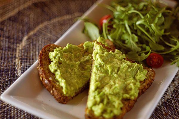 La mejor receta de guacamole en 3 simples pasos