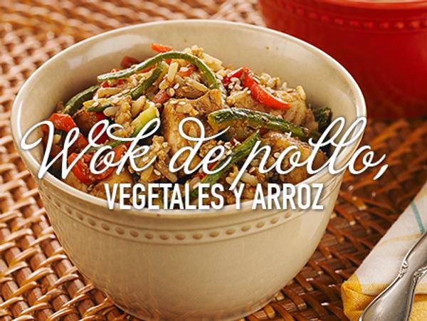 Wok de pollo, vegetales y arroz
