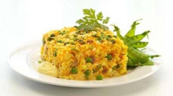 Pastel de arroz multicolor
