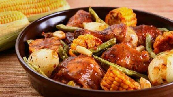Cazuela de pollo y vegetales a la bolsa