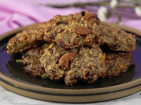 Cookies de granola con frutos secos