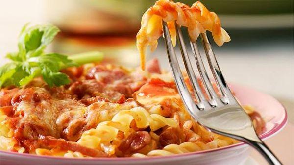 Pasta a la italiana con salsa rosa