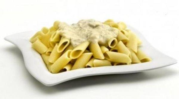 Rigatti en salsa de champignon y tomillo