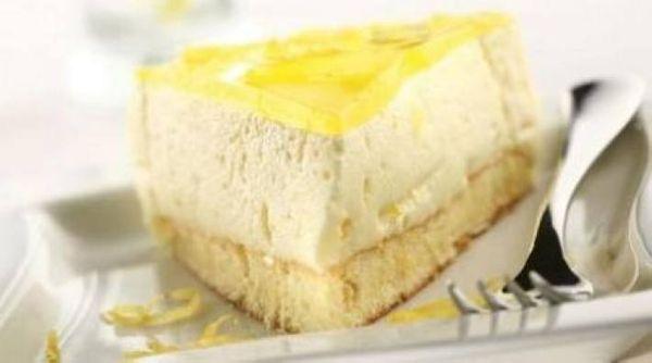 Torta mousse de limón
