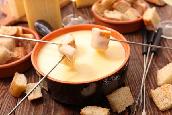Fondue de queso y espinaca
