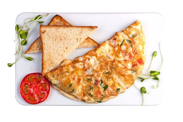 Omelette con Queso y Tomate