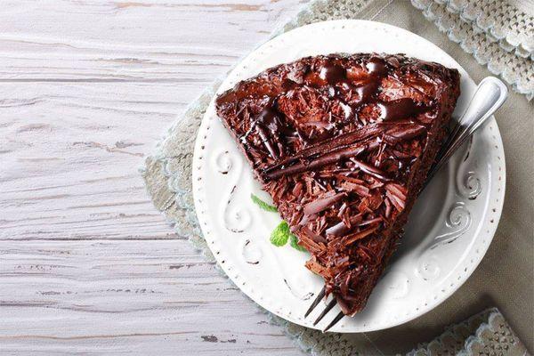 Pastel de Chocolate en 8 Minutos