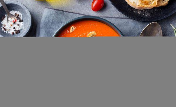 Sopa de Hongos y Tocinos