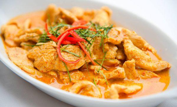 Pollo curry al estilo hindú