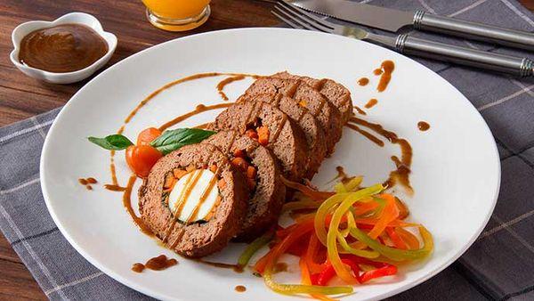 Rollito de Carne 5 especias con Salsa de tomate Fruco