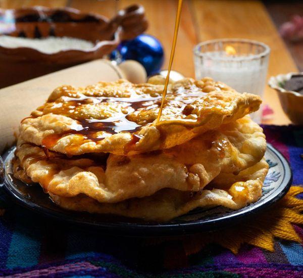 Buñuelos con Miel de Piloncillo | Recepedia