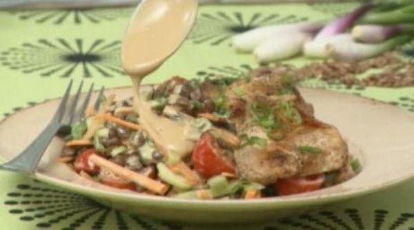 Escalopes de pollo con lentejas