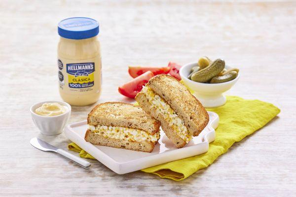 Sandwich de Ensaladilla de Huevo