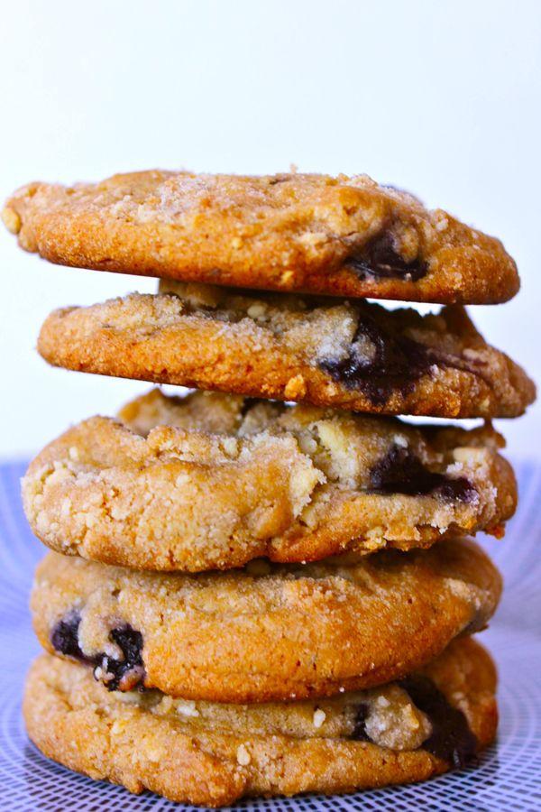 Cookies de leite com mirtilo