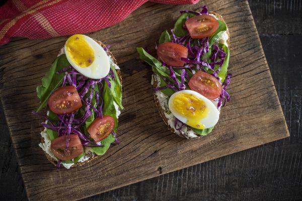 Salada no pão