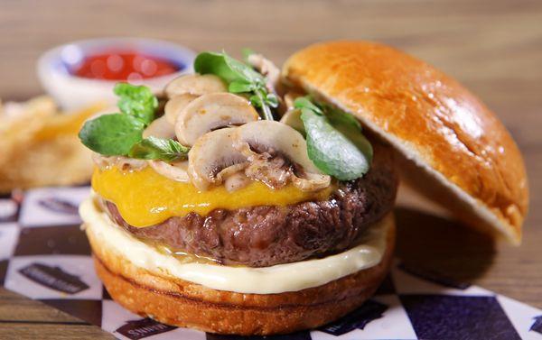 Burger com Cogumelo
