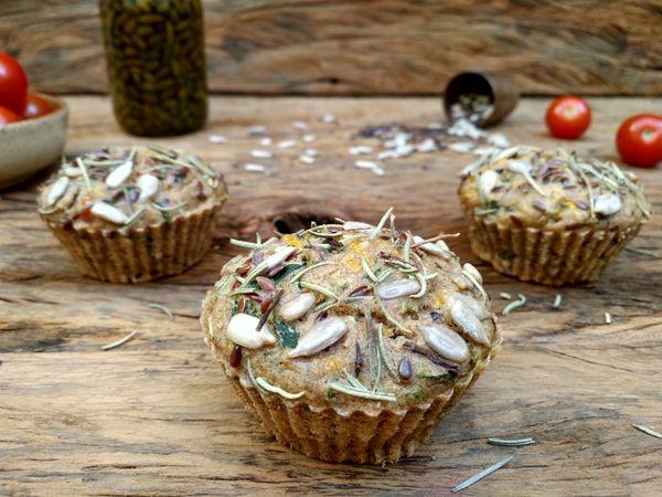 Muffin Multigrãos com Tomatinhos e Alecrim