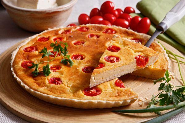 Quiche de Legumes com Queijo Minas e Tomate Cereja