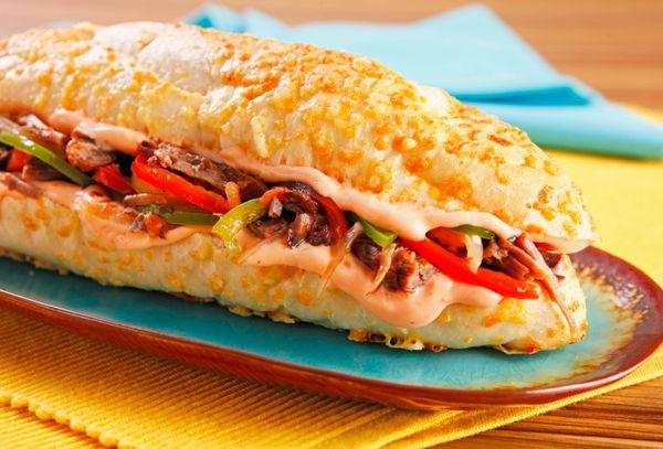 Sanduíche de Carne Louca com Maionese Picante
