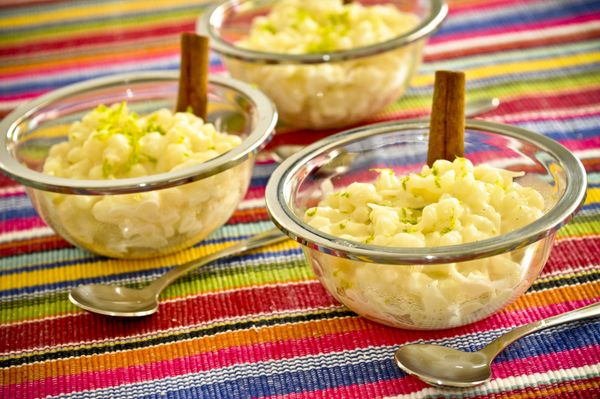 Canjica de milho com raspas de cítricos