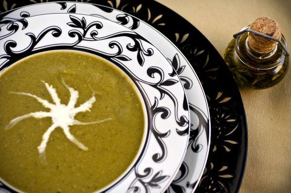 Sopa de ervilha com hortelã