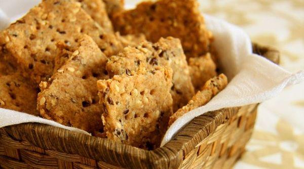 Biscoito integral de gergelim com linhaça