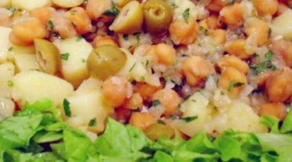 Salada de Grão-de-Bico com Batata