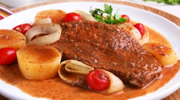 Bife de Forno com Batatas