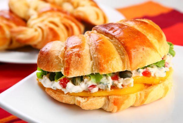 Croissant com gorgonzola do chef