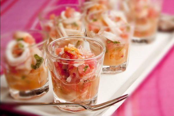 Ceviche de frutos do mar com melancia