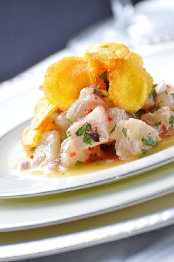 Ceviche de peixe branco com tangerina