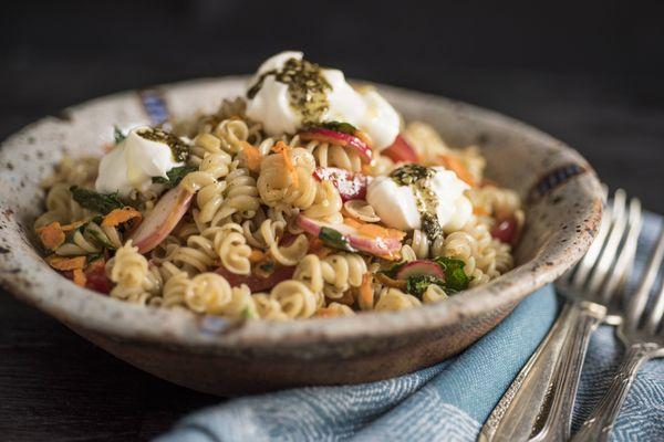 Salada de macarrão sem glúten